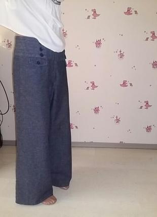 Бомбезные  джинсовые брюки  с высокой посадкой. швейцария
