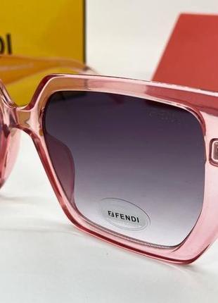 Женские нские солнцезащитные очки в розовой прозрачной оправе линзы с градиентом окуляри жіночі2 фото