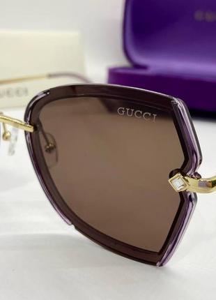 Женские солнцезащитные очки gucci с поляризацией и тонкими металлическими дужками жіночі окуляри