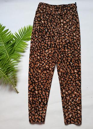 Лёгкие брюки с кармашками штаны