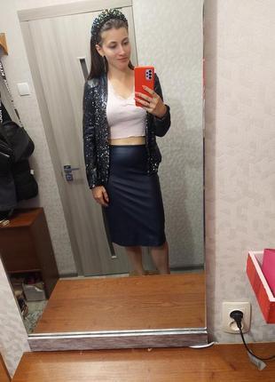 Синій костюм піджак юбка