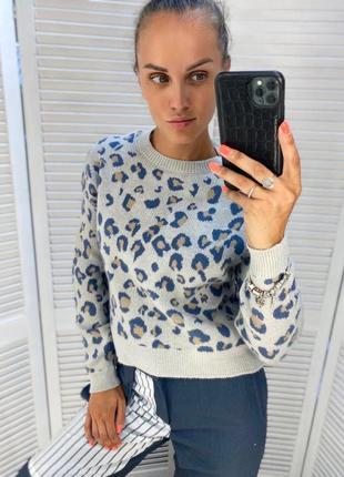 Женский вязаный свитер с принтом леопард