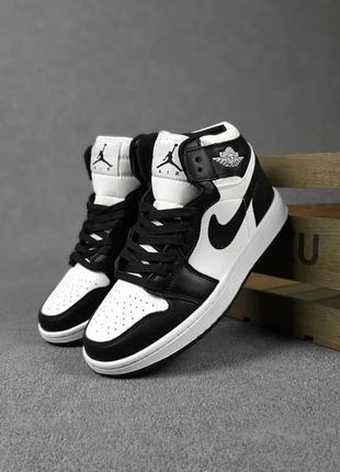 Женские кроссовки nike jordan белые с чёрным | жіночі кросівки найк білі з чорним