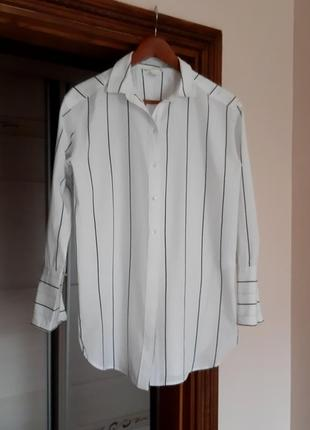 Белая хлопковая рубашка сорочка в полоску свободного кроя