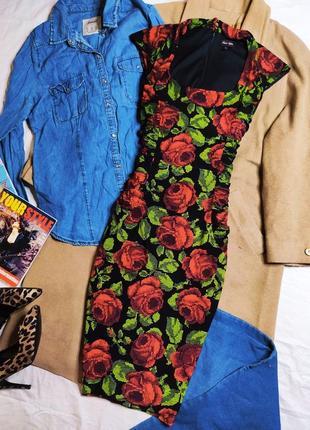 Phase eight платье чёрное цветочный принт розы красное зелёное миди по фигуре карандаш футляр