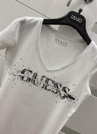 Шикарная футболка xs/s 🛍 при покупке от двух вещей скидка 💗