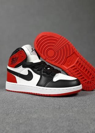 Женские кроссовки nike jordan белые с чёрным и красным | жіночі кросівки найк
