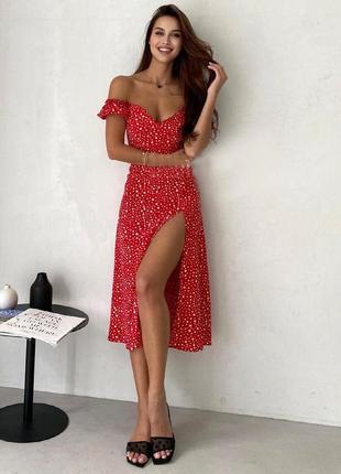 Распродажа платье prettylittlething мелкий горошек с разрезом в стиле milkmaid asos