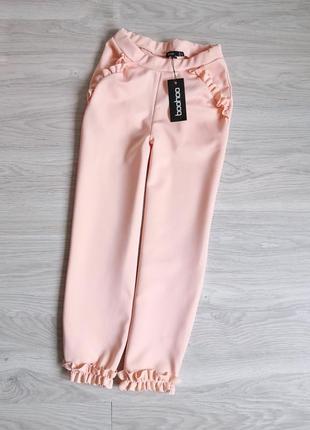 Персиковые брюки штаны с рюшами
