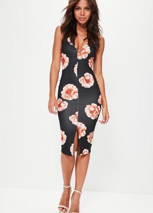 Платье в цветочный принт по фигуре missguided