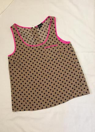 Бежевый топ в горошек чёрный, горох, принт, розовая окантовка неон
