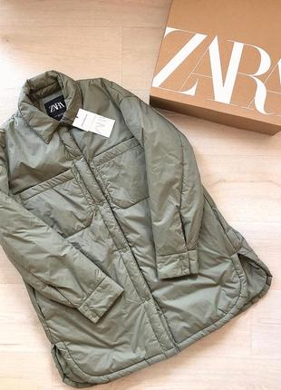 Новая куртка zara зара хаки рубашка дутик курточка пальто рубашечного кроя