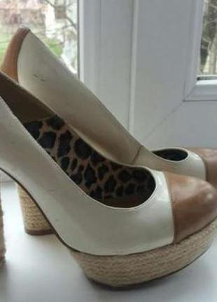 Стильные и красивые кожаные туфли next
