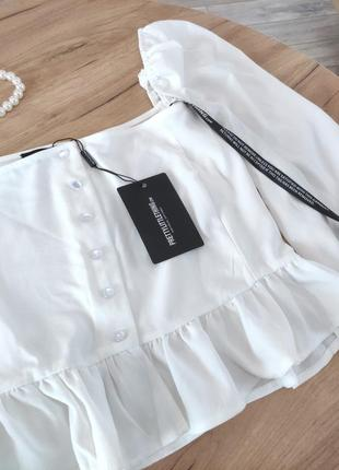Новый белый топ с объемными рукавами prettylittlething кроп-топ, блузка с оборками (бирка!)6 фото