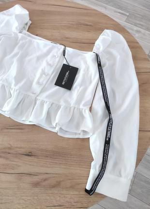 Новый белый топ с объемными рукавами prettylittlething кроп-топ, блузка с оборками (бирка!)8 фото