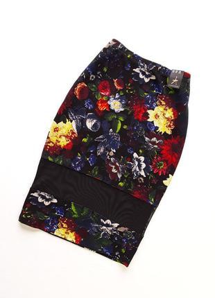 Стильная стрейчевая юбка