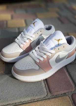 Кроссовки женские nike air jordan 1 low низкие белые  / кросівки жіночі найк аир джордан кроссы