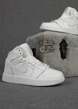 Кроссовки женские nike air jordan 1 высокие белые / кросівки жіночі найк аир джордан білі кроссы