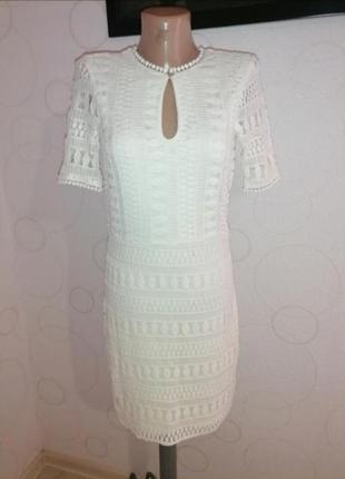 Очень красивое, нежное платье по фигуре. на подкладке ❤️❤️❤️