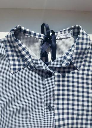 Обалденная блузка-рубашка с ассиметричным рисунком.100% вискоза.