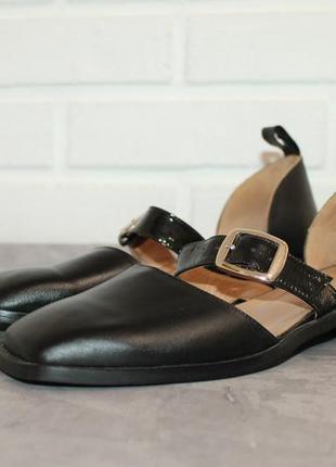 Актуальные кожаные туфли с прямоугольным носочком