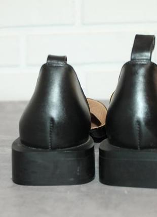 Актуальные кожаные туфли с прямоугольным носочком9 фото