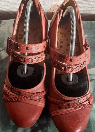 Классные туфли mustang, 💯 оригинал, молниеносная отправка ⚡💫🚀
