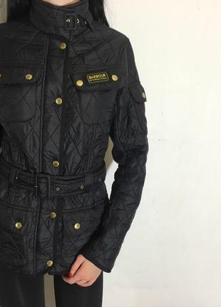 Женская куртка barbour