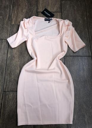 Новое летнее брендовое платье с бирками pretty little things англия