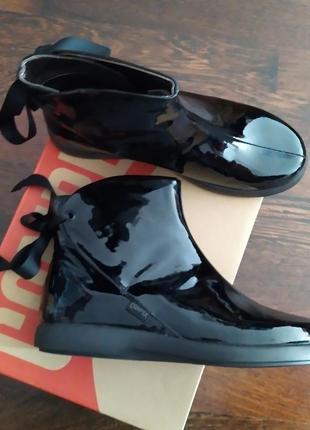Новые ботинки camper лакированные ботильоны полусапожки чёрный лак оригинал