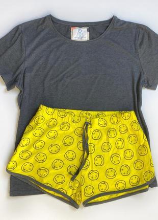 Хлопковая пижамка со смайлами новая аутлет