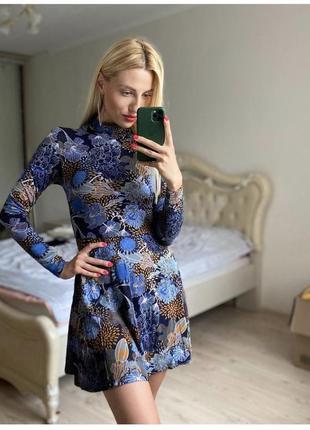 Платье в цветочный принт воротником-стойкой h&m размер 34