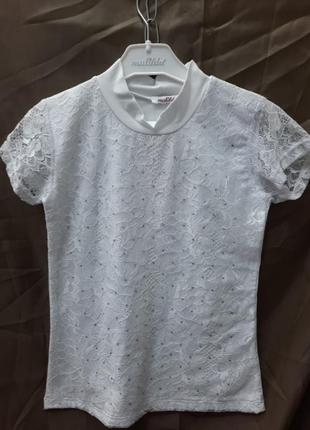 Блуза .футболка.гепюр трикотаж.