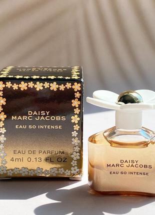 Парфюм marc jacobs daisy so intense 4 мл