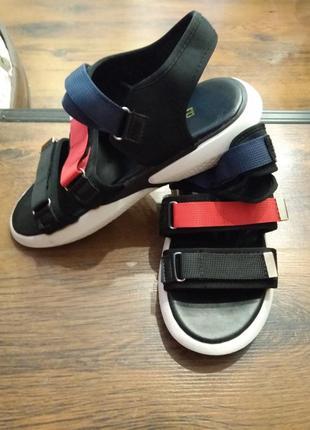 Босоножки сандалии спортивные на липучках