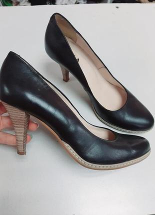 Туфли кожаные 38 италия