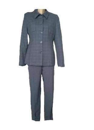 Carastere стильный итальянский брючный костюм
