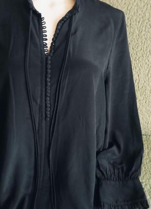 Оригинальна шовковиста чорна блуза 42-46р