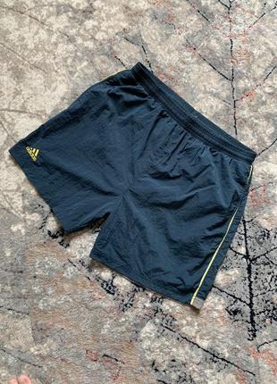 Винтажные шорты adidas