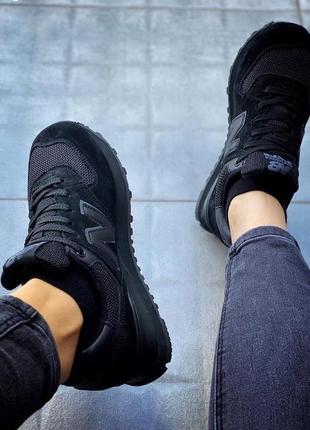 Чёрные стильные кроссовки женские3 фото