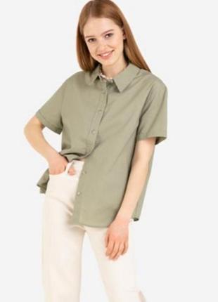 Шелковая рубашка с коротким рукавом 100% шелк.
