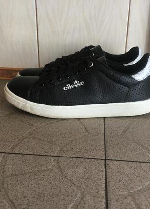 Шкіряні чорні кросівки ellese