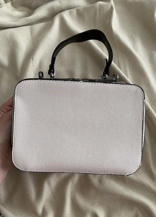Кремовая сумка клатч