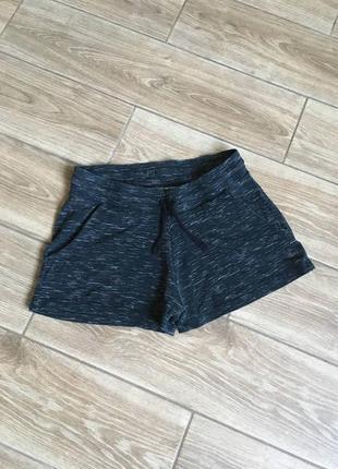 Темно серые шорты на девочку 11-13 лет