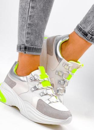 Женские кроссовки белый серый салатовый