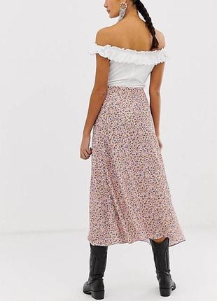 Трендовая юбка в цветочек8 фото