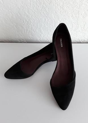 Легкие кожаные замшевые туфельки  - балетки на лёгкой платформе