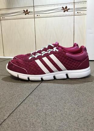 Рожеві кросівки в сітку adidas