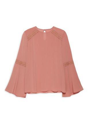 Красивая блуза р. 48