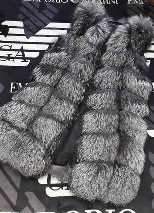 Тепленькая теплая натуральная жилетка жилетку фирма emporio armani
